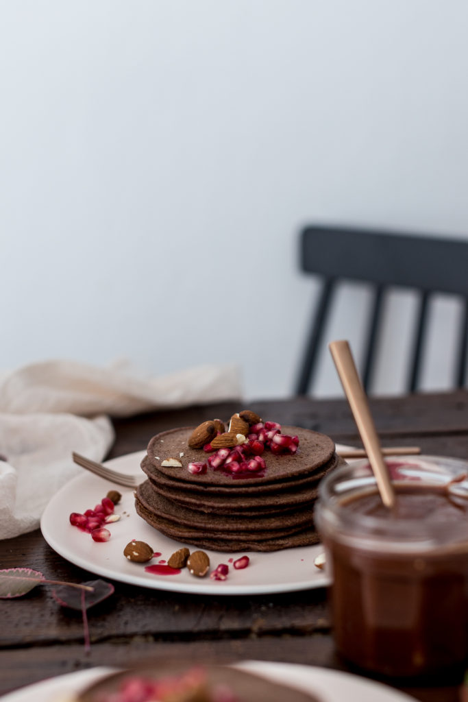 vegan caramel chocolate pancakes