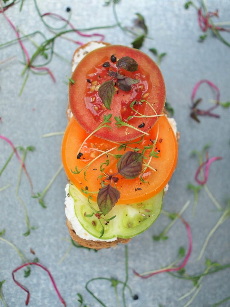 tomato canape