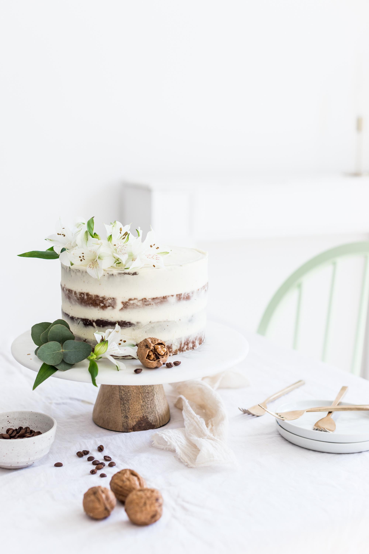 Orechovo-kávová torta so základným mascarpone krémom